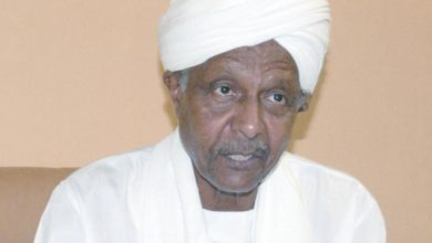 """Photo of الصيحة: التجاني الطيب: الاقتصاد السوداني سيشهد نموًا سالبًا بسبب""""كورونا"""""""
