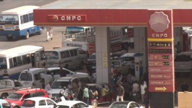Photo of الديمقراطي: وزير الطاقة يوضّح أسباب ومعالجات صفوف الوقود