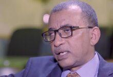 Photo of عمر يوسف الدقير: هكذا أزاح الإمام الصادق رهق الدنيا عن كتفيه