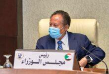 Photo of حمدوك بطء تنفيذ اتفاق السلام يؤثر على المواطن بصورة مباشرة