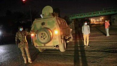 Photo of السودان..السلطات تغلق الطرق المؤدية للقيادة العامة