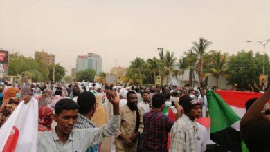 Photo of احتجاجات متفرقة في العاصمة السودانية رفضًا للتدهور المعيشي