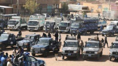 Photo of الشرطة تنفذ حملات ضخمة لكبح المجرمين ودك أوكار الجريمة بالخرطوم