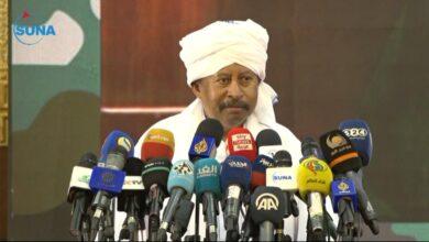Photo of لبسط سيطرتها على كافة الأراضي السودانية .. حمدوك يؤكد دعم الجهاز التنفيذي للقوات المسلحة