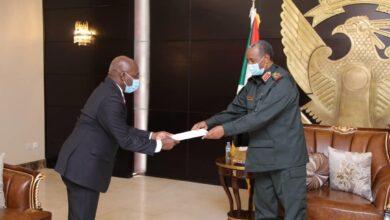 Photo of السودان وأنغولا يهدفان إلى تعزيز التعاون المشترك