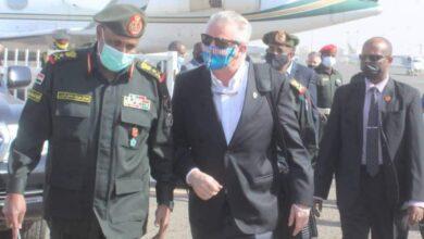 Photo of في زيارة تستغرق عدة أيام.. نائب قائد القيادة العسكرية الأمريكية لأفريقيا يصل البلاد