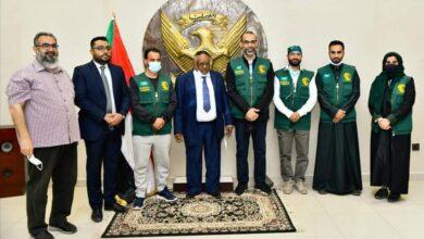 Photo of وفد طبي سعودي يصل الخرطوم لمساعدة 16500 شخص للحماية من العمى