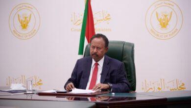 Photo of حمدوك: عملية الانتقال الديمقراطي في البلاد معقّد