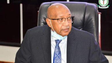 Photo of وزير الصحة يوجه بتشكيل لجنة دائمة لتحديد أسعار الأدوية المحلية